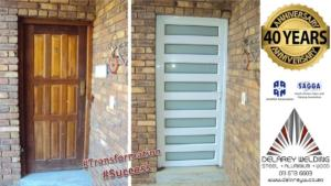 RI - Single Hinge Door H-Slatted 8 Pane - Arctic Snow Glass - White