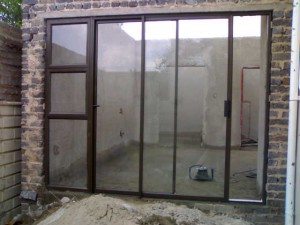 SLIDING-DOOR-WITH-SIDELIGHT
